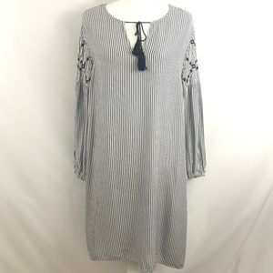 Old Navy -  Boho Embroidered Peasant Shift Dress